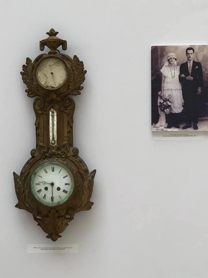 ميزان ضغط جوي وميزان حرارة وساعة، من مقتنيات نايف طاهر أبو غزالة ومشكورة محمد أبو غزالة، يافا، 1929 - Old Barometer, Thermometer and Clock, from the belongings of: Naif & Mashkoura Abughazaleh, Jaffa, 1929